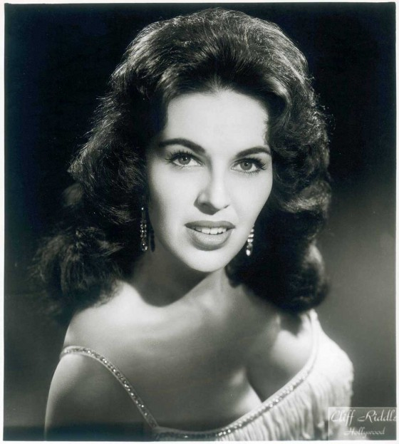 Wanda Jackson: There's A Riot Goin' On